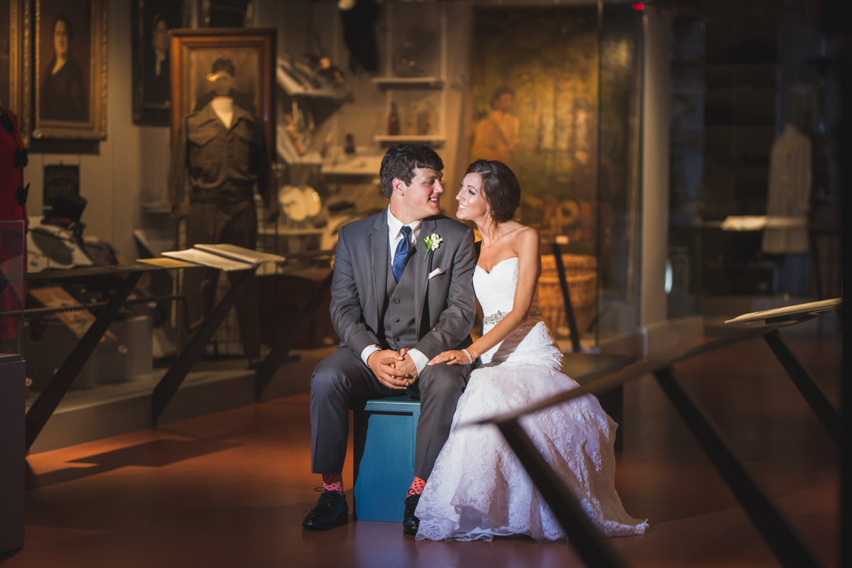 wedding-photos-of-heinz-history-center-downtown-pittsburgh-manny-photographer-photography-2