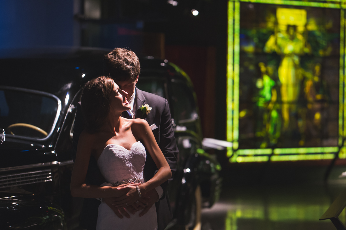 wedding-photos-of-heinz-history-center-downtown-pittsburgh-manny-photographer-photography-4